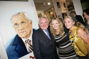 Bertie Ahern with Deborah & Denise Donnelly at the exhibition opening.