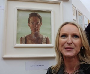 Laura Jean Cronin with her K&M Evans award winning painting 'Jenny'