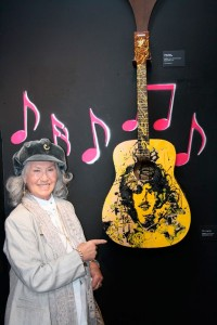 "Philomena Lynott with Aga Szot's work ""Philo"""