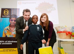 Tomide Lawal fomr Ballyduff NS with John Fleming CEO Sightsavers and Miriam Cassidy from Art&Hobby