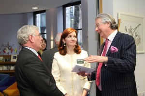Tanaiste Eamon Gilmore with Sarah Gates and Ian Whyte of Whytes (photo Liam Madden)