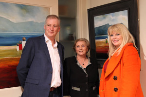 Artist Padraig McCaul with Frances Fitzgerald TD and Mary Mitchell O'Connor TD at the exhibition opening (photo Liam Madden)