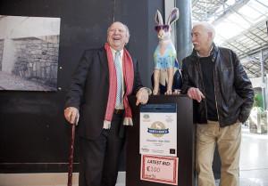 Jonathan Irwin with artist Tony Gunning and Hawaiian Hare